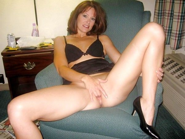 mature a poil escort girl pontoise