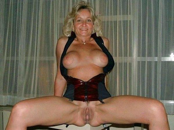 Chaudes femmes nues matures